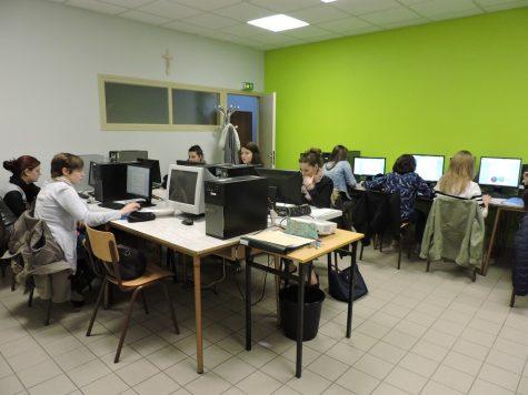 salle de pratique informatique lycée saine cécile montoire